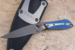Buck Custom Thorn, Damascus with Blue Twill 0017CFSLE